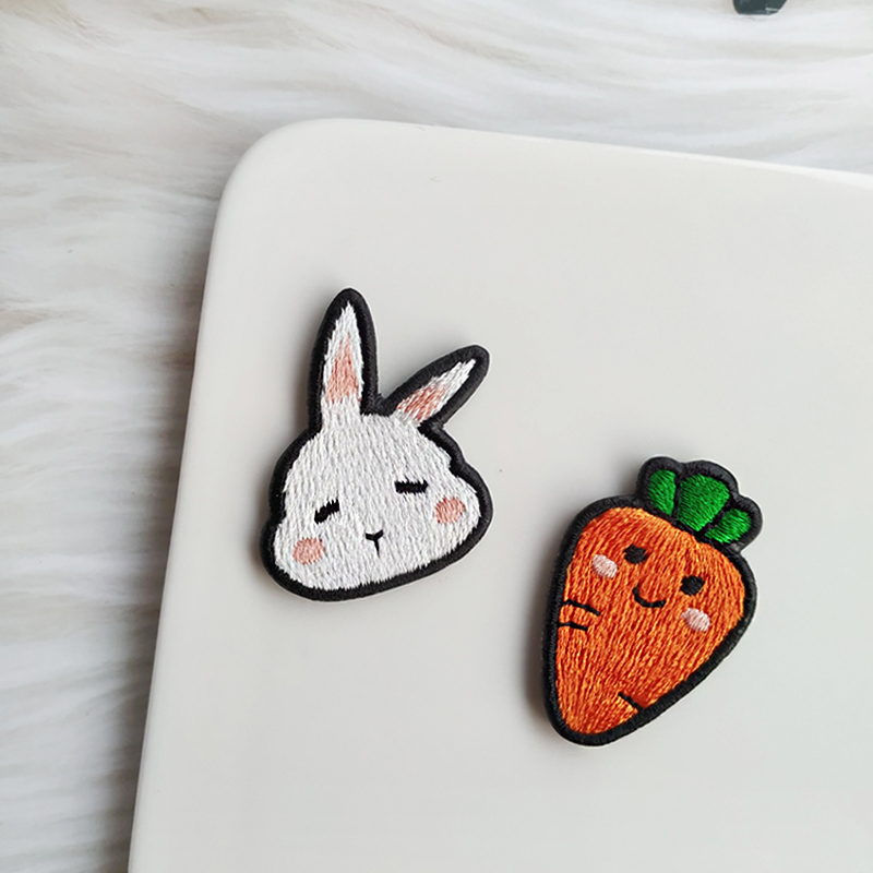 Carrot rabbit embroidery Brooch original handmade Brooch couple fox chicken pig bear cute badge baby girl