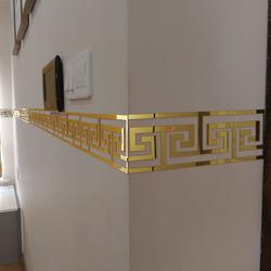 亚克力墙贴自粘3d立体客厅背景墙吊顶古典镂空腰线踢脚线镜面墙贴