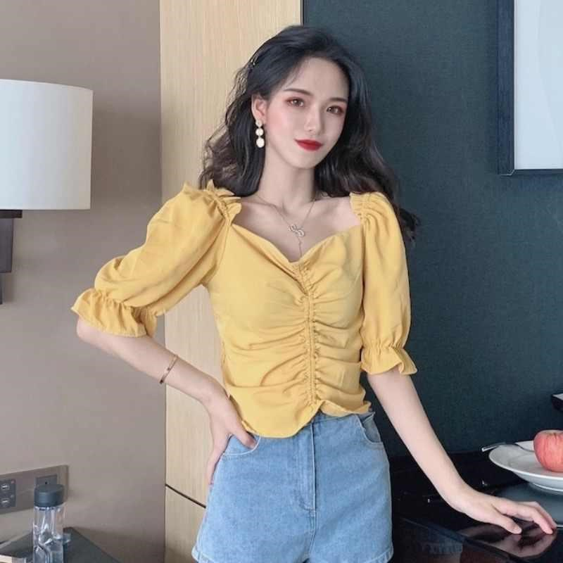 Pleated top collar bone retro design small short sleeve summer square collar French style bubble sleeve short shirt womens Hong Kong flavor