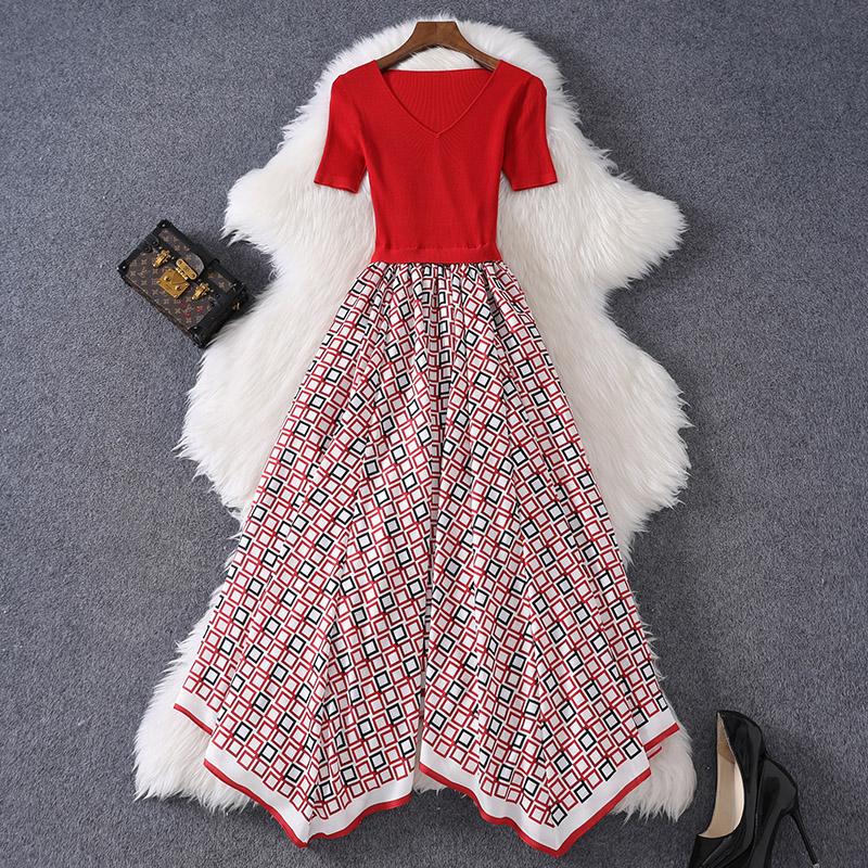2021夏季女装新款短袖V领针织拼接连衣裙高腰格纹不规则大摆长裙