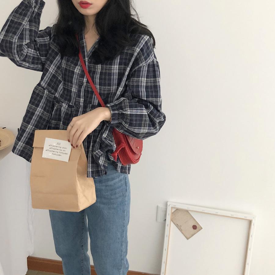 yesroom自制格子衬衫女秋季新款韩版复古娃娃衫显瘦棉麻V领泡泡袖