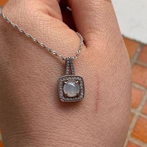 银镶嵌A货翡翠吊坠女士项坠冰种蛋面小挂坠纯银项链女款锁骨链坠