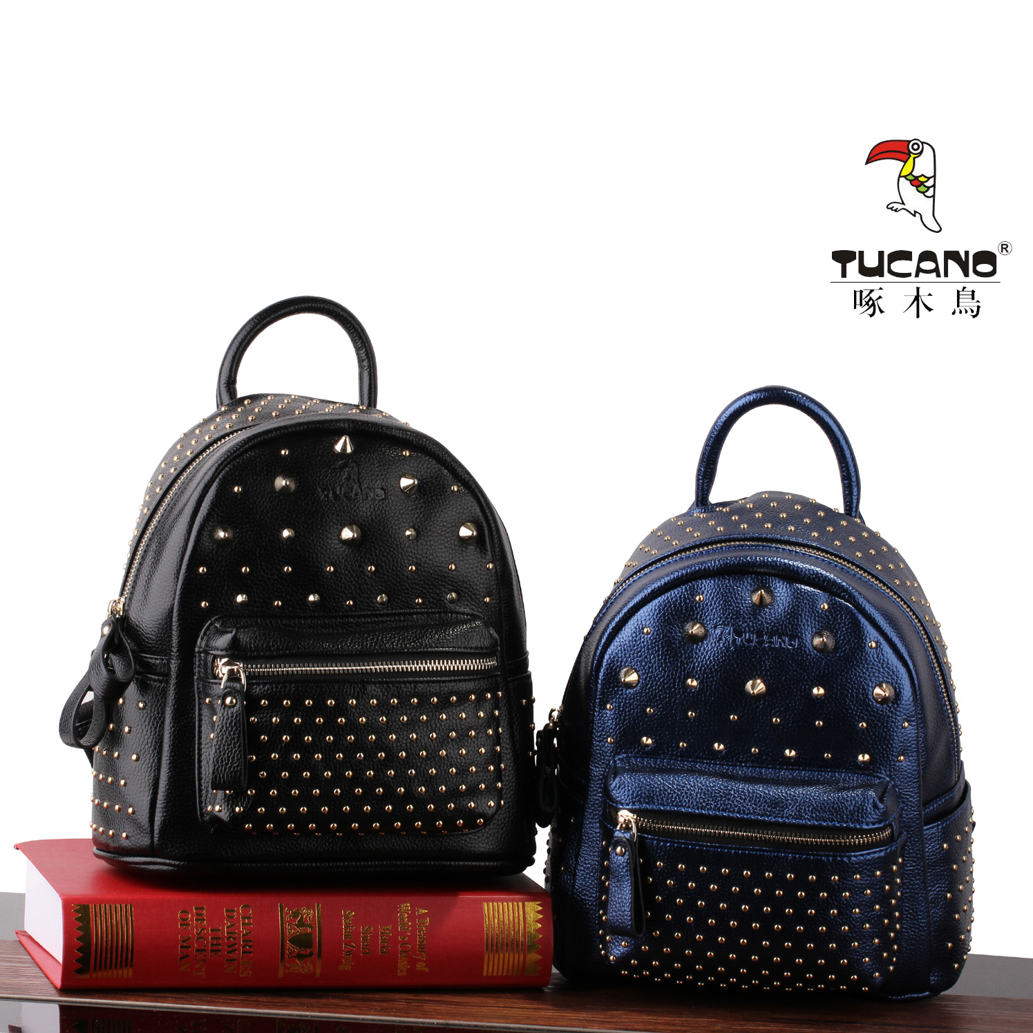 Double 11 clearance woodpecker fashion womens backpack trend Korean versatile rivet outdoor trendy womens Travel Backpack