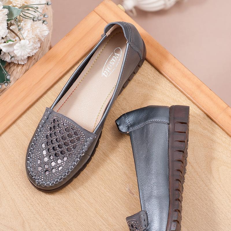 中老年人鞋子女真皮妈妈舒适牛筋软底防滑透气平底平跟皮鞋春秋款