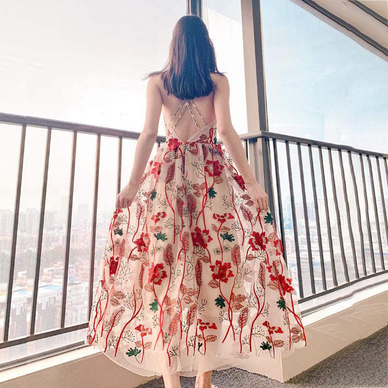 ins超火泰国巴厘岛沙滩裙超仙吊带露背连衣裙三亚海边度假女长裙