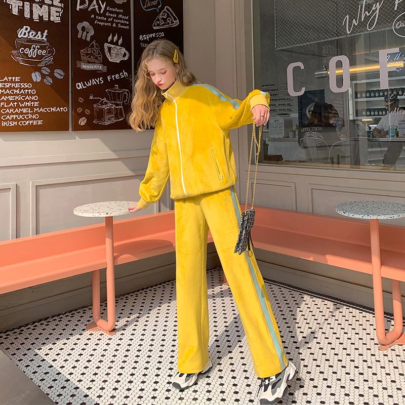 MG小象时尚套装女2020春季新款运动风短外套休闲直筒长裤两件套潮