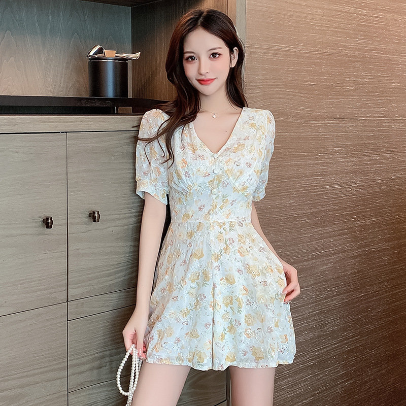 Summer new small Jumpsuit womens temperament Lace Chiffon short sleeve floral Jumpsuit