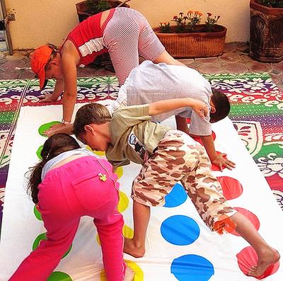 身体扭扭乐 聚会玩具 亲子互动地毯老友记聚会神器 家庭游戏