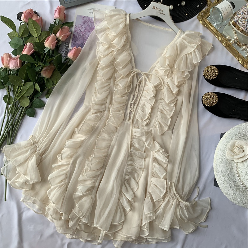 陈米米 秋冬新款法式浪漫仙女风很仙的荷叶边V领喇叭袖雪纺连衣裙