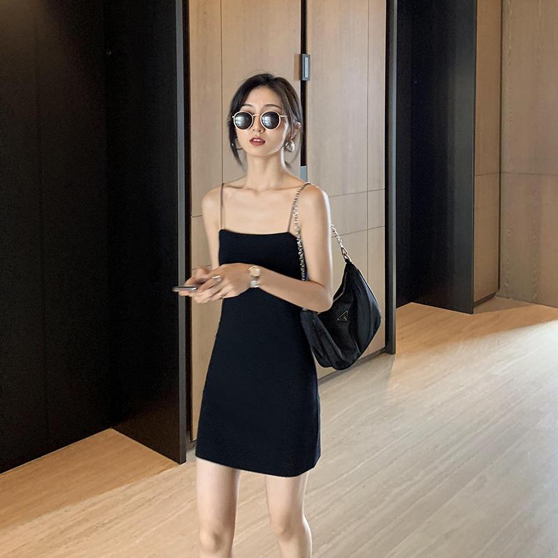 タオバオ仕入れ代行-ibuy99 紧身裙 MULVAN黑色吊带抹胸连衣裙女2021新款紧身性感气质收腰包臀短裙