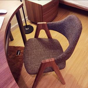 全实木椅子软包创意布艺单人靠背电脑椅家用小办公椅北欧<span class=H>餐椅</span>特价