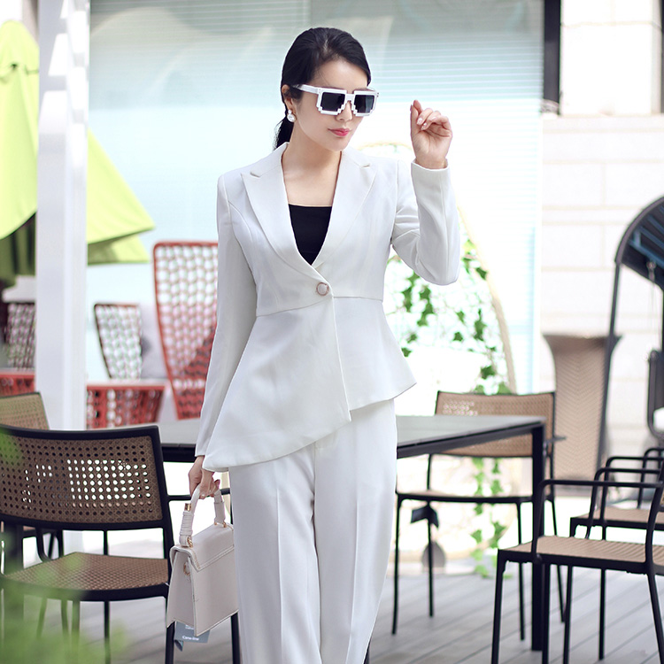 [cash payment] Ma Chefu high-grade customized womens Korean white inclined swallow tail suit