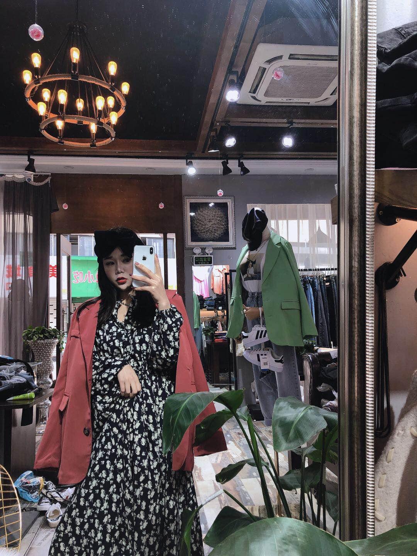 2020 Korean East Gate Caramel long sleeve suit coat with black floral dress suit