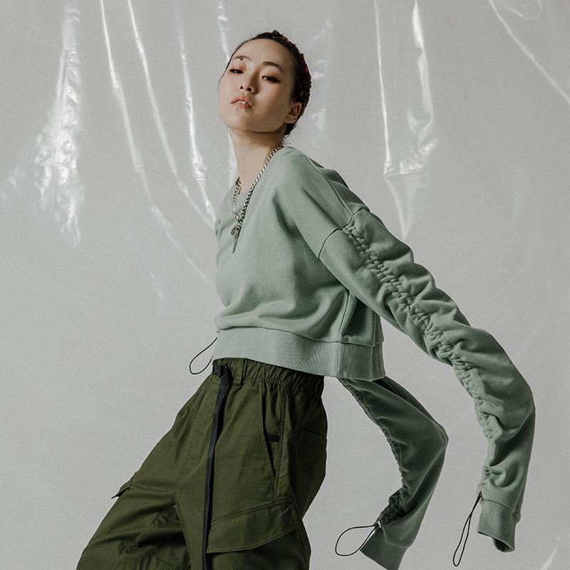 FLOAT 2019AW YUZUKI's系列抽绳可调节短装套头卫衣女 黄若元同款