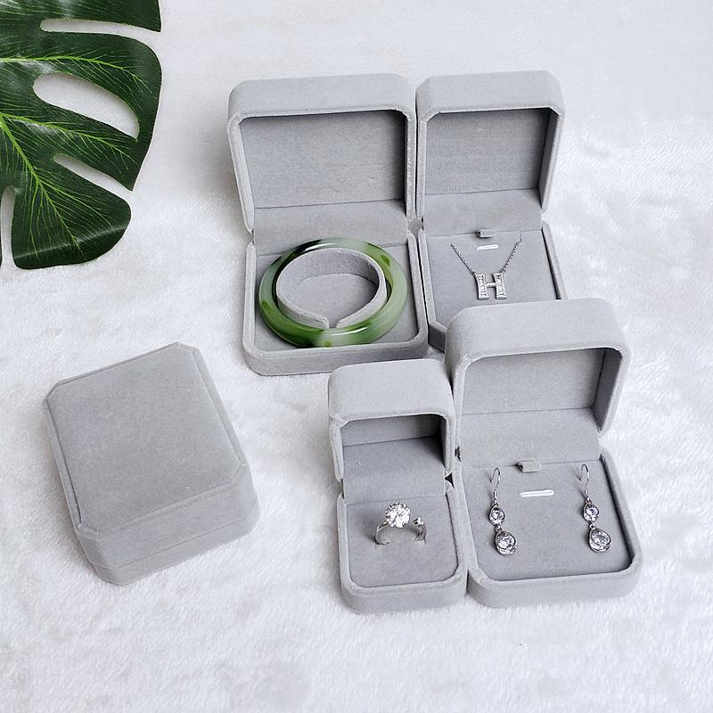 高档绒布翻盖项链小单戒指手镯手链首饰盒子对戒结婚钻戒求婚礼盒图片