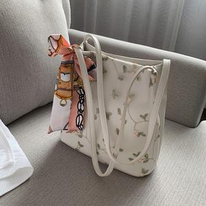 仙女单肩包女包2020流行的包包新款潮韩版百搭小清新蕾丝水桶包