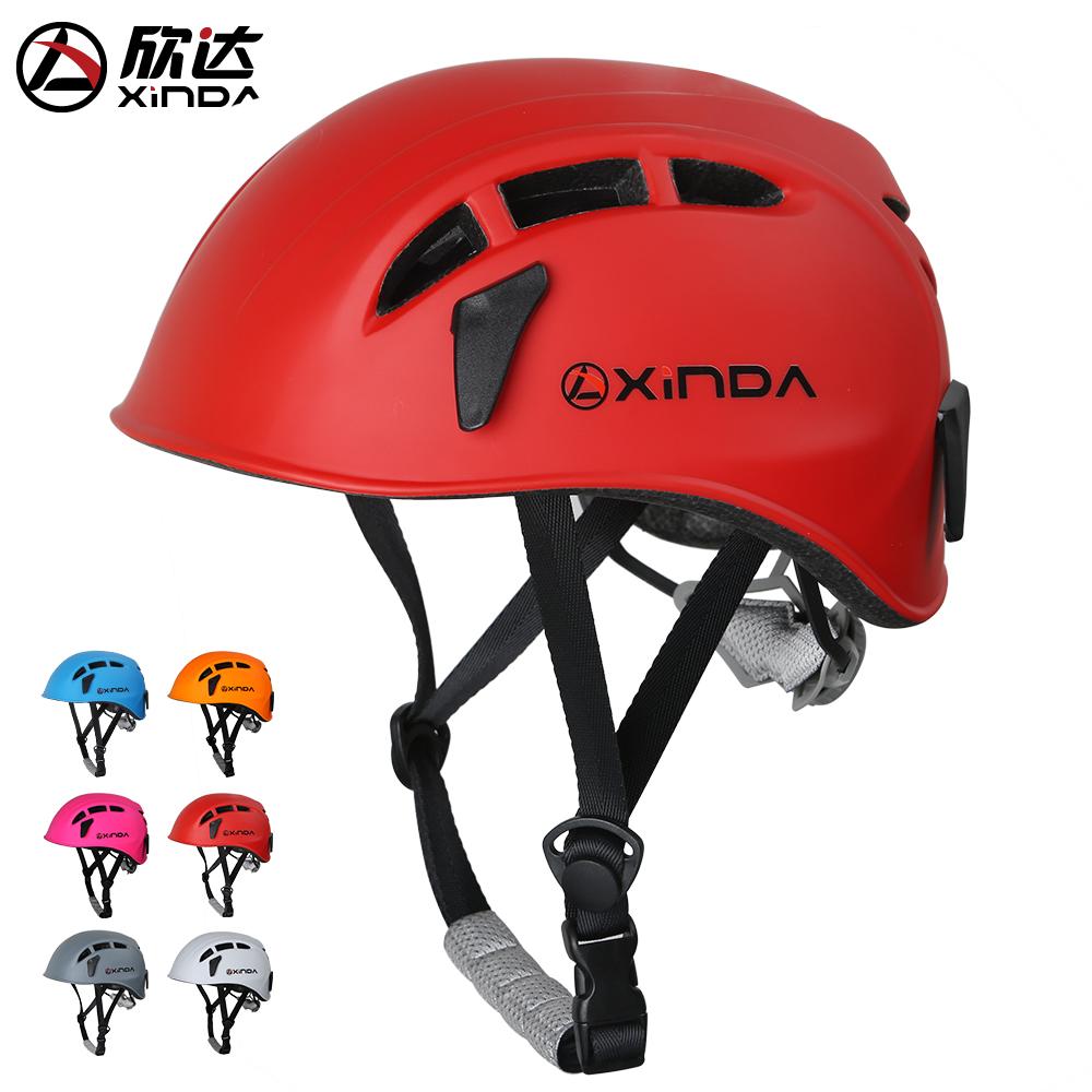 Счастливый достигать на открытом воздухе скорость падения шлем подъем рок оборудование расширять шлем исследовать пещера помогите восхождение шлем Отслеживание ручей безопасность шлем