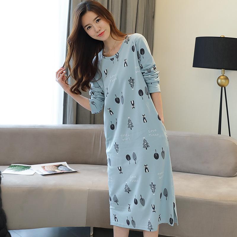 スカートの女性の秋冬の純綿の長袖の韓国版のゆったりしていてかわいい学生のパジャマの女性の妊婦の長い款のひざを越えてスカートを寝ます
