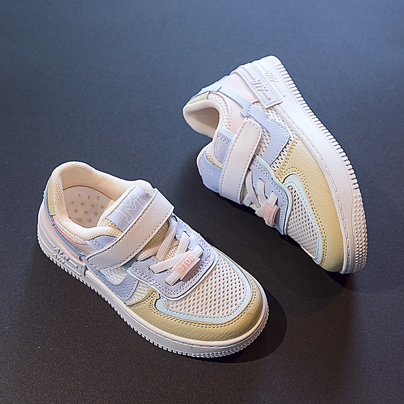 Childrens board shoes girls small white shoes breathable hollow mesh boys single mesh shoes Velcro mesh flat shoes low top