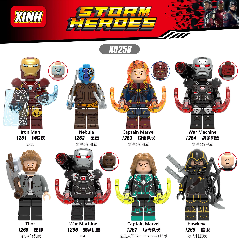 楽高の報復者連盟の最終回の戦いアイアンマンイーグル・アイ戦争のマシンブロック人はパズルのおもちゃを組み立てます。