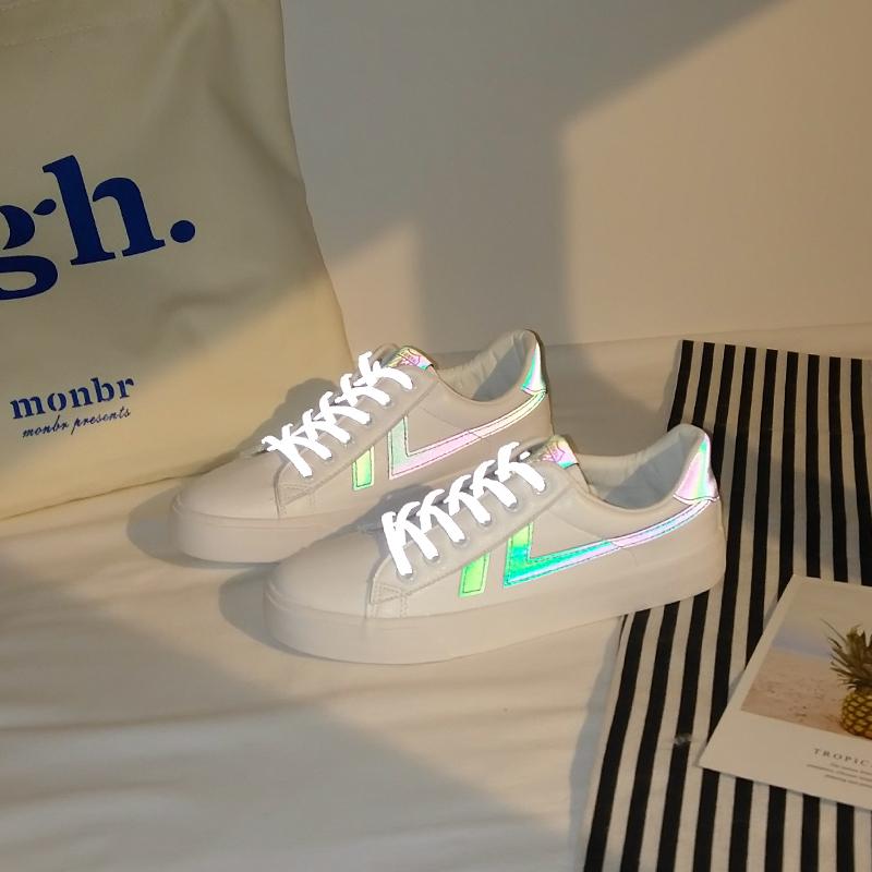 反光小白鞋女鞋子2021年新款春秋季百搭平底韩版板鞋ins街拍潮鞋