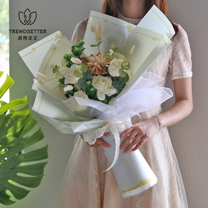 雾面纸鲜花花束包花纸克拉恋人防水玻璃纸玫瑰花干花包装材料韩式