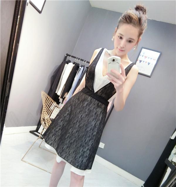 2018夏季新款蕾丝连衣裙女装时尚简约中长款裙子黑色清纯可爱女生