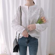 蕾丝刺绣衬衫女2020绣花洋气女装设计感小众上衣短袖镂空白色衬衣
