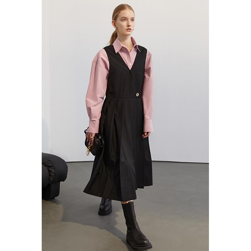 范洛2021春季新款法式复古黑色连衣裙女赫本风V领收腰百褶长裙子