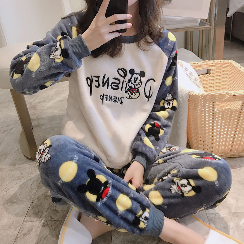 Spring and autumn winter coral velvet pajamas female winter Korean lovely home clothes student flannel small suit Plush