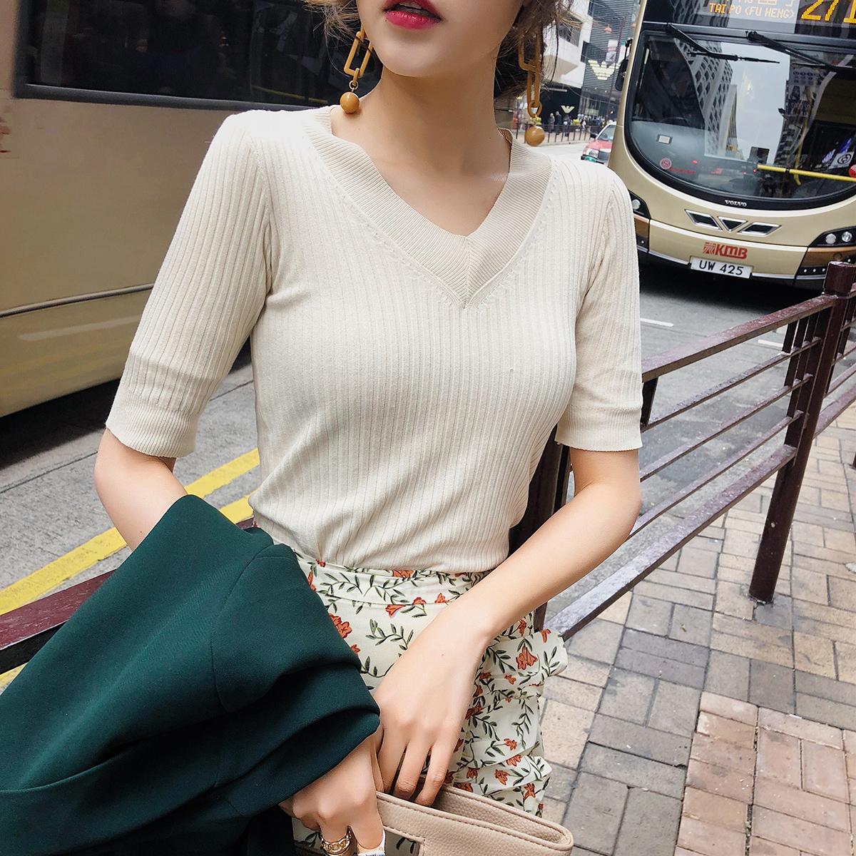 С коротким рукавом женщина 2018 новый весенние модели куртка свитер корейский дикий тонкий V воротник вязание chic короткий рукав T футболки