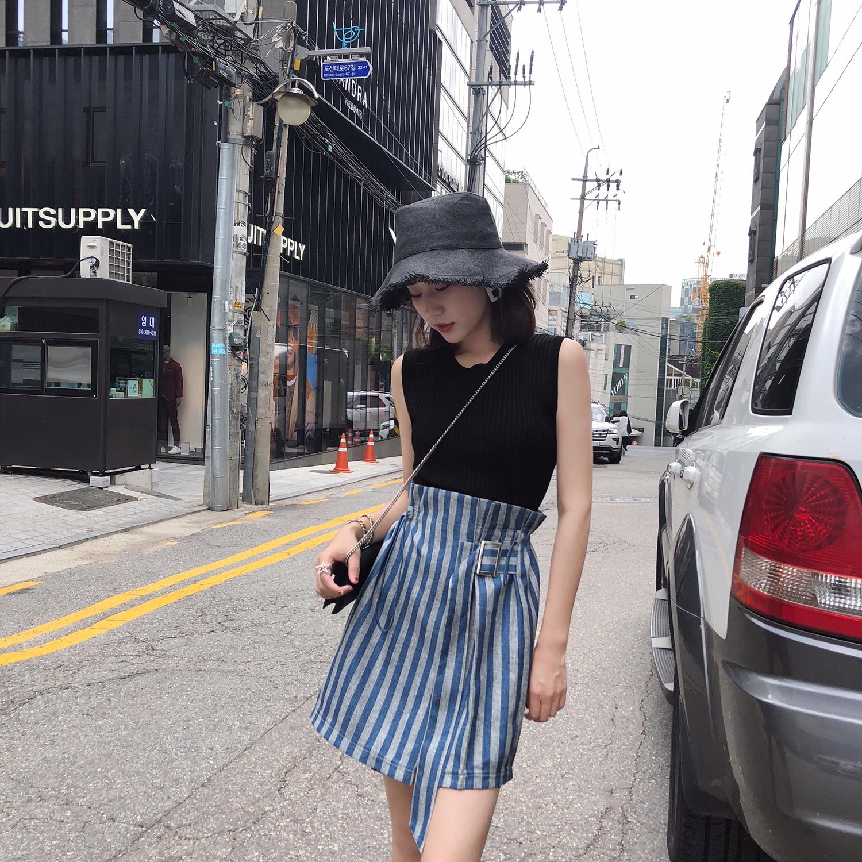 短裙女夏2018新款 韩版时尚蓝色竖条纹高腰不规则chic半身裙A字裙