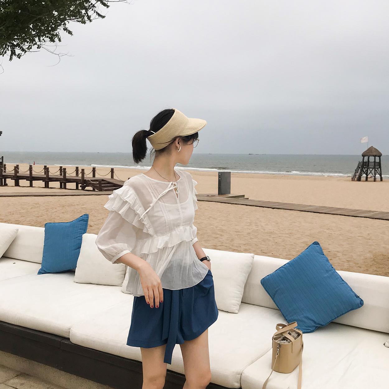花栗鼠小姐 飞飞袖上衣2018新款百搭白色短袖衬衫女夏宽松学生