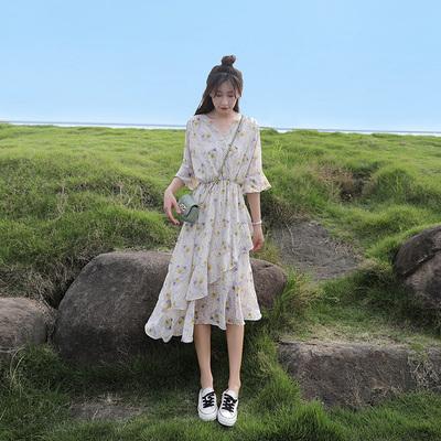 碎花雪纺连衣裙女夏2020新款收腰显瘦气质小清新仙女a字蛋糕裙子