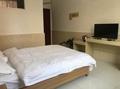 南阳西峡东方快捷宾馆特惠大床房