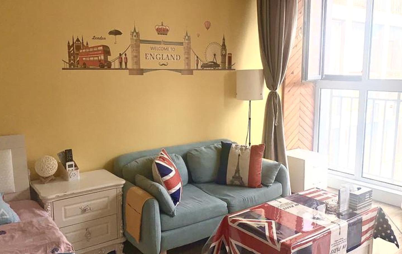 阜新英伦风高层景观大床房房间实景拍摄