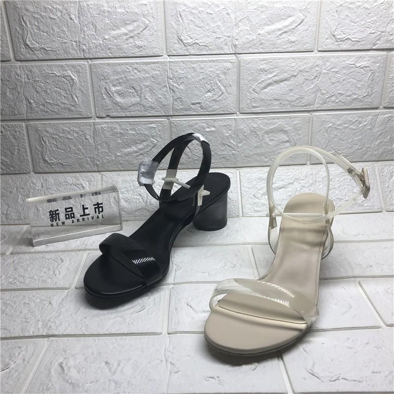 特价品牌撤柜断码清仓真皮女鞋18新款水晶跟露趾粗高跟搭扣女凉鞋