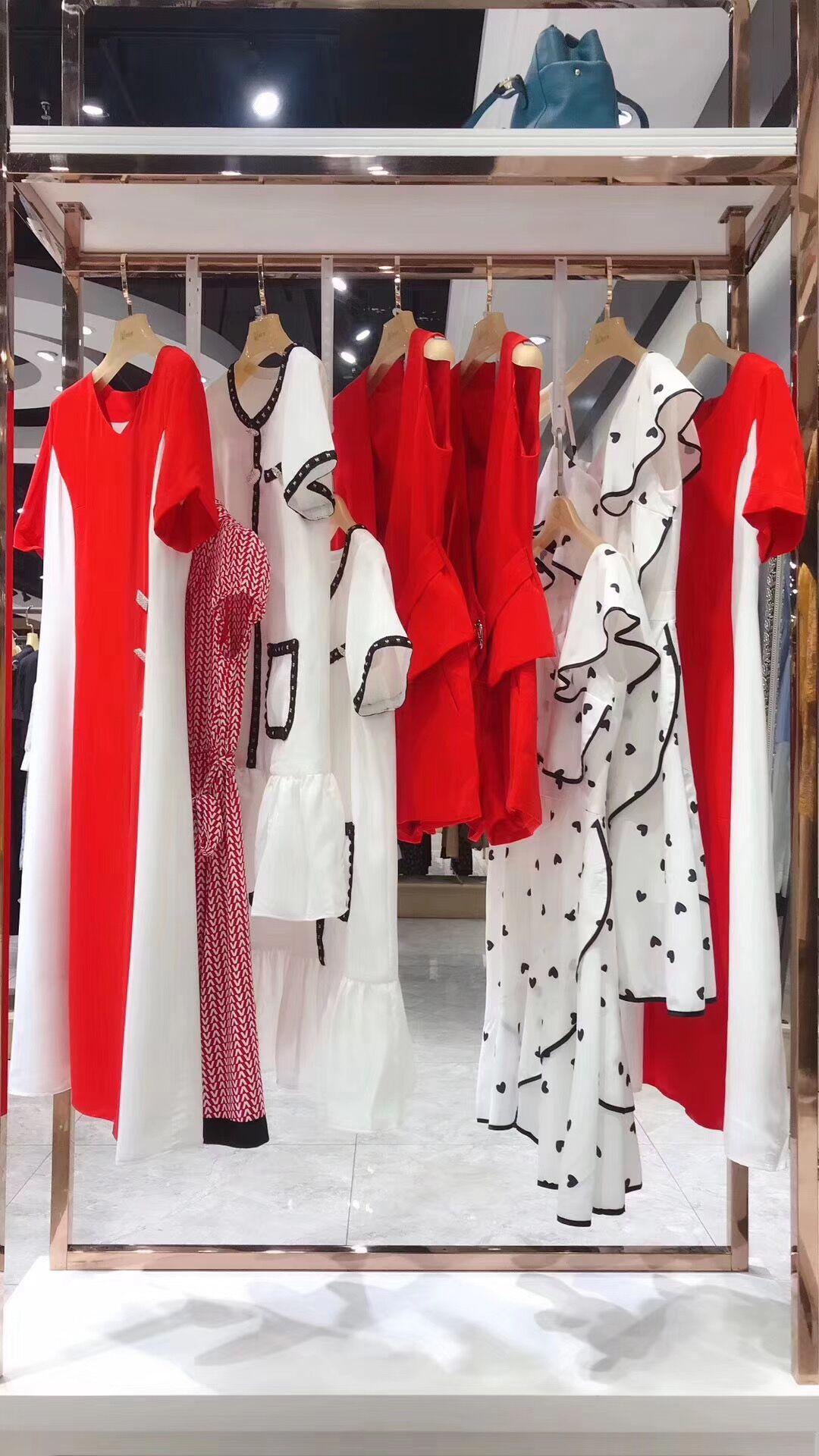 Одежда с символикой популярных аниме Артикул 597652983514