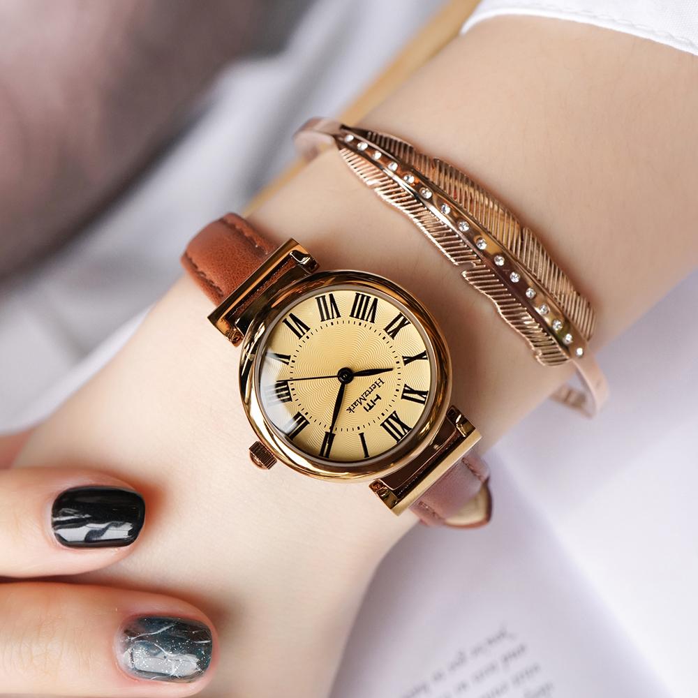 2020年新款复古英伦风简约女士罗马数字学生小巧气质细皮带手表女