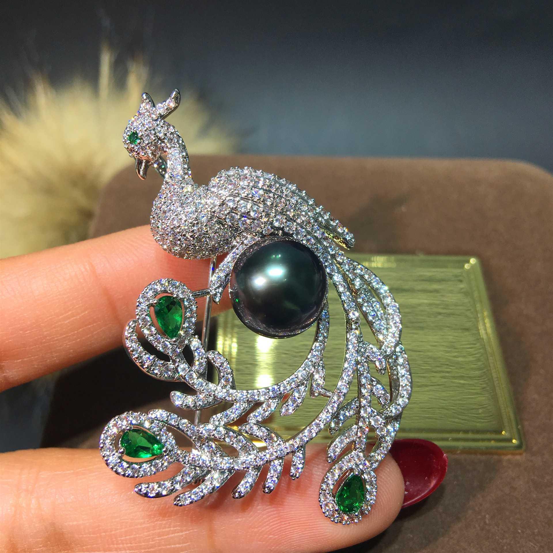 新款天然珍珠民族风微镶锆石凤凰胸针胸花时尚饰品服饰