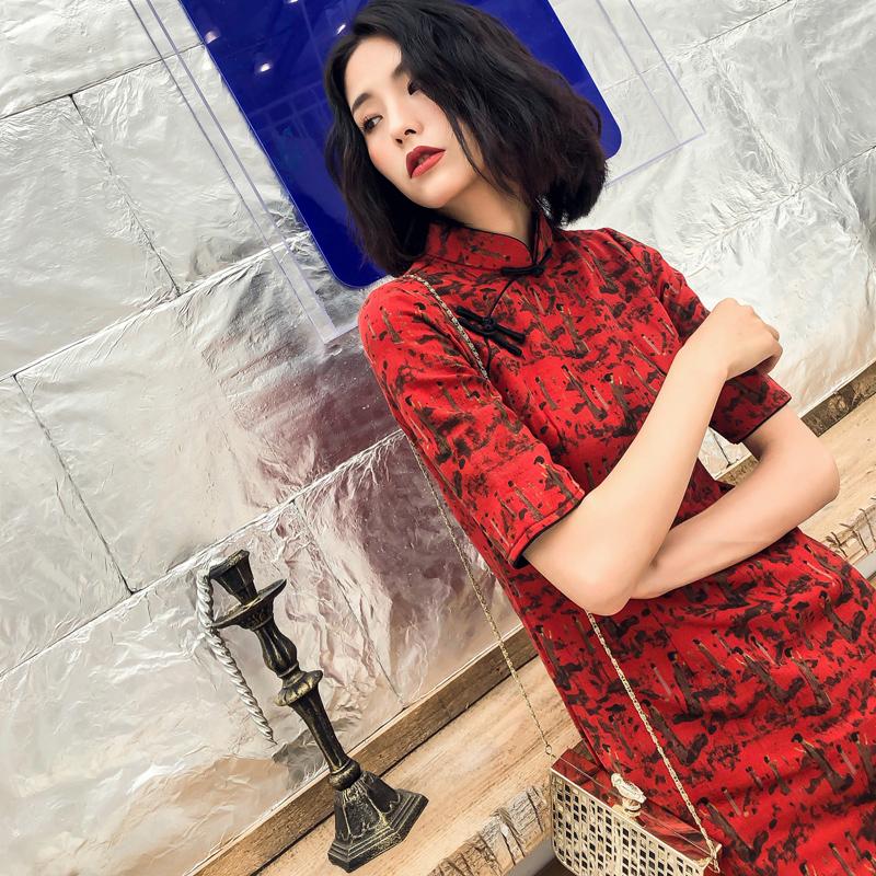 日常改良旗袍2018新款女时尚复古红中袖旗袍中长款连衣裙修身棉麻