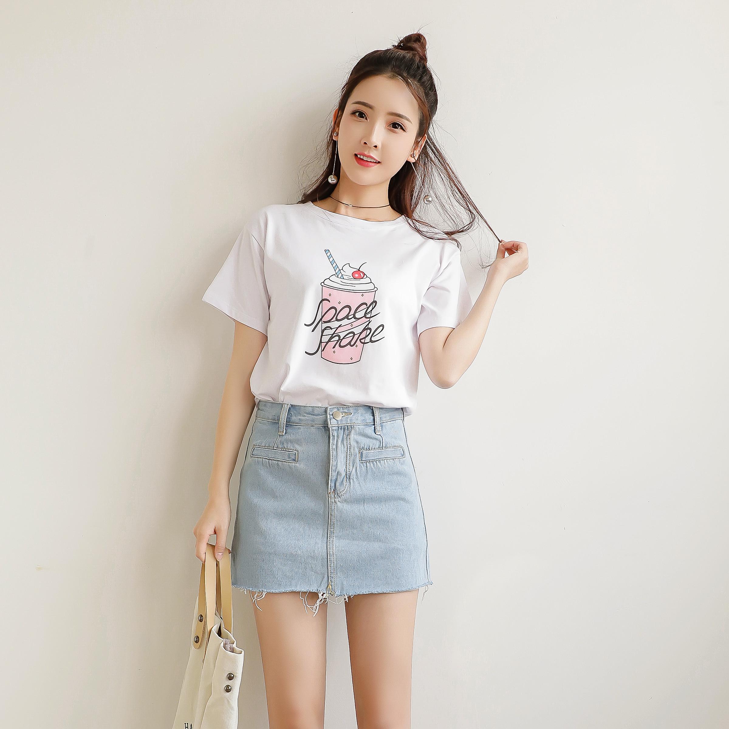 2018夏季女装新款日韩甜美小清新印花图案圆领短袖T恤衫百搭学生