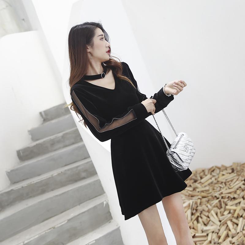 金丝绒连衣裙2020新款女秋冬季气质ol风穿搭裙子打底女神范小黑裙