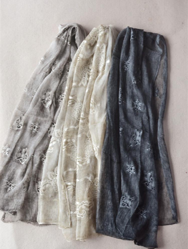 第二层肌肤享受新款真丝刺绣围巾女桑蚕丝长方形丝巾披肩元货女装