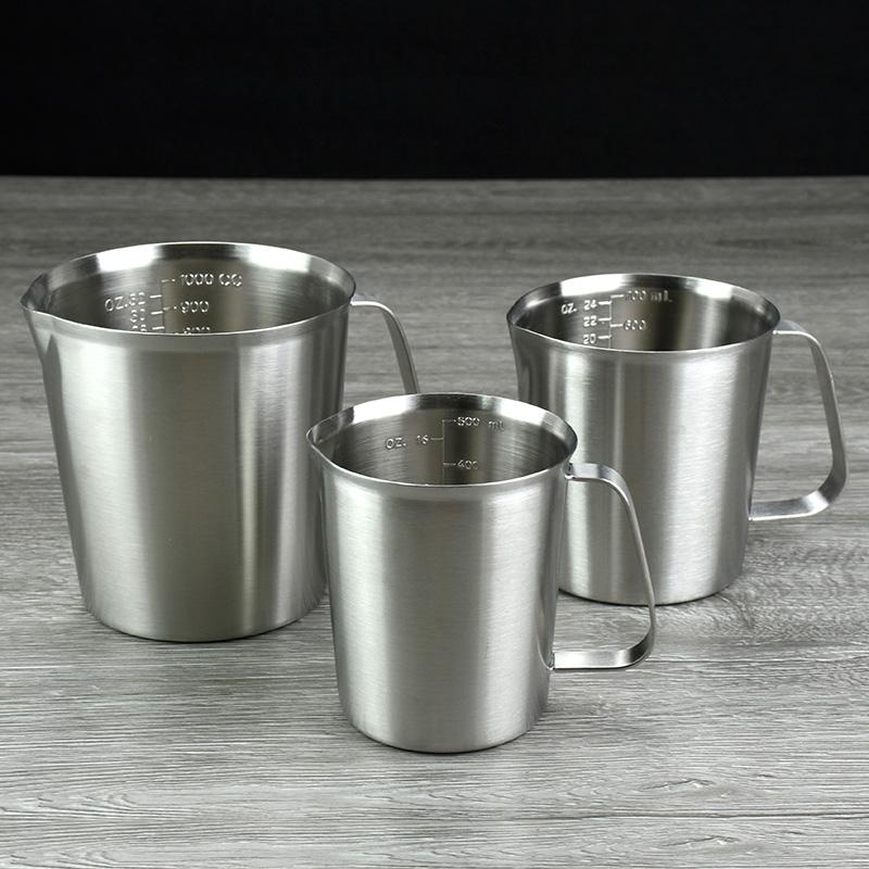 304不锈钢量杯厨房用品多功能家用带刻度量杯量米杯量水杯拉花