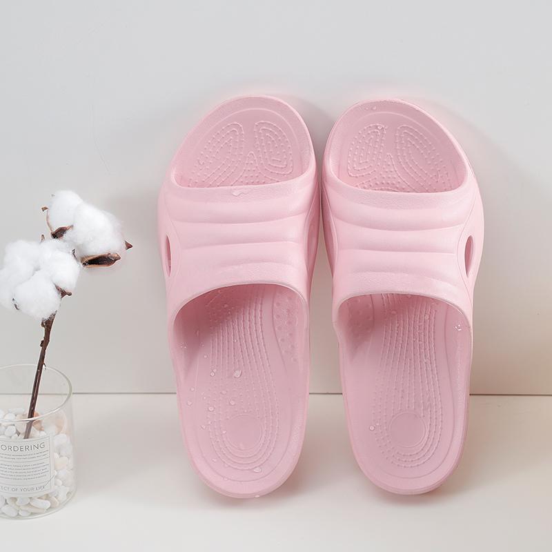 歩舒途女史の家庭用浅い口の妊婦の中で高齢者は低いです。浴室の滑り止めスリッパの室内で夏季風呂に入ります。