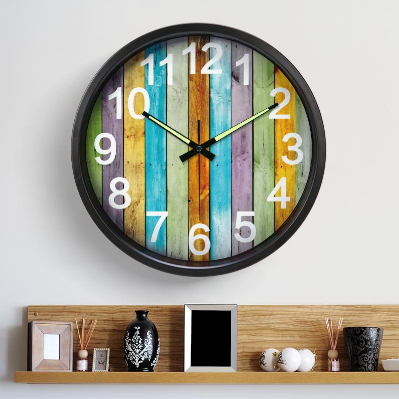 Немой часы гостиная бесплатная доставка мода настенные часы творческий цифровой искусство стена колокол спальня континентальный daikin принадлежать стол