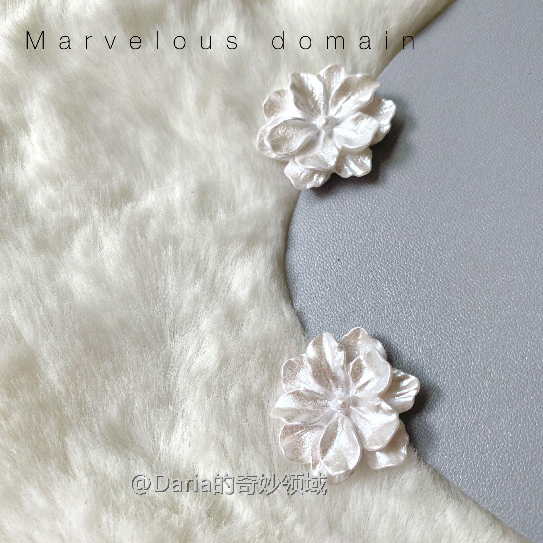 Daria. | super gentle flower fairy ~ white flowers elegant and versatile French Japanese pure Earrings