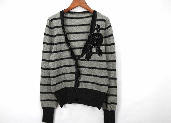 秋季女款针织衫外贸灰色条纹V领细毛薄款长袖开衫毛衣外套