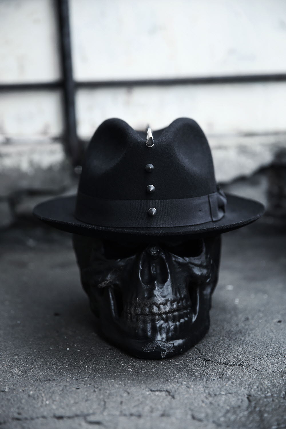 October new byther South Korea purchasing Mohican style metal rivet woolen hat flanging Fedora Hat